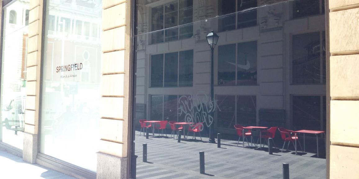 Springfield Madrid. Eliminación de graffitis